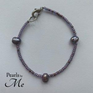 Rocai og ferskvandsperle armbånd fra Pearls by Me